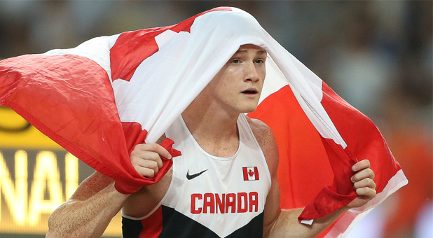 Shawn Barber crowned World Champion in pole vault on day 3
